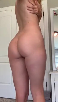 juicy squirting pussy of blonde on cam - Snapchat Videos