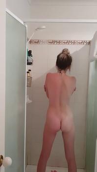 Teen body shaking orgasm Creampie - Snapchat Videos