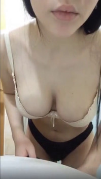 Shower wand spray variable settings used on my hot body - Tiktok Porn Videos