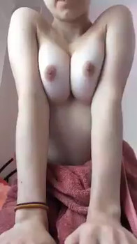 Patreon blonde, amazing nipples thanks to a wet tshirt - Patreon Porn
