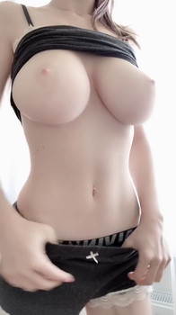 Stroke your cock while I talk dirty, squirt & cum - Periscope Girls