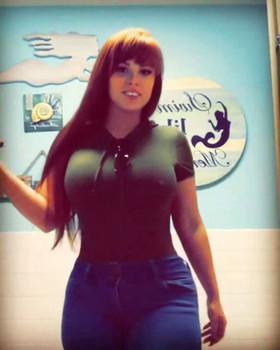 Snapchat Ana Julia - 19 anos, primeiro vídeo da ninfetinha virgem