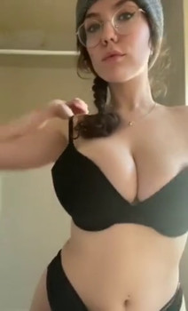 Double Snapchat Vaginal Dildo Sword | Pussy Stretching and Gaping Trailer - Snapchat Videos