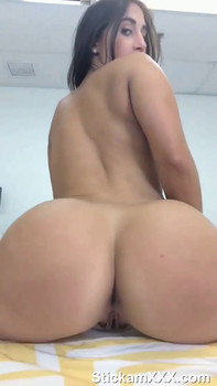Playing with warm wet pussy in the bath - Snapchat Videos