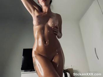 Enjoying a good spanking - Bigo Live Porn