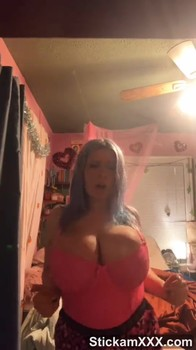 Ass Patreon girl fucking asshole with glass dildo - Patreon Porn