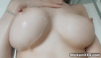 Fucking wifey so good, squirting and having fun - Stickam Videos