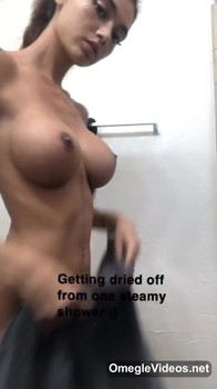 Periscope Fucks Herself With Horse Dildo And Gets Orgasm