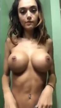 La plus adorable des femmes - Omegle Videos