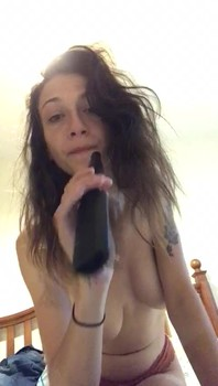Pussy Beads Fun in the Bathroom - Bigo Live Porn