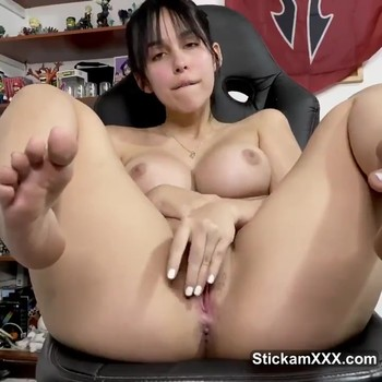 Shes Hot Horny And Barely 18 - Stickam Videos