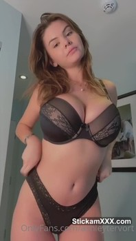 I'm hot and horny, I'm your bitch - Patreon Porn